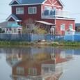 湖に浮かぶ家?